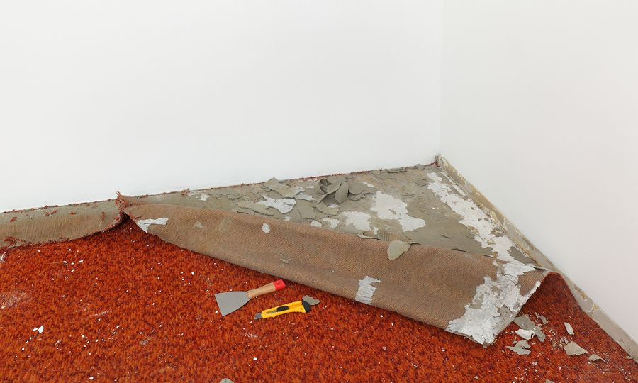 This image was taken in January of 2021 during one of our emergency water damage calls. The broken pipe caused the water damage in the basement. Our water damage long island professionals help to removed the flood damage and the carpet. The option of drying the carpet is not always ideal since the moisture can still remain on the carpet and the mold will become an issue.